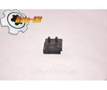 Подушка двигателя и КПП задняя правая Jac 1020 (Джак 1020)