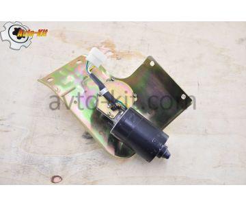 Двигатель стеклоочистителя с кронштейном 24В Foton 1043 Фотон 1043 (3,7 л)