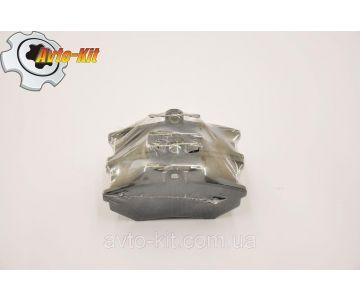 Колодки тормозные передние с ушком ( без ABS) Chery Amulet
