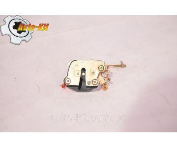 Дверной замок внутренний двери правый FAW 1041 ФАВ 1041 (3,2 л)