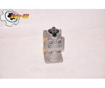 Кран тормозной главный (цилиндр пневматика) в сборе FAW 1051 ФАВ 1051 (3,17)