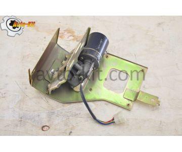 Двигатель стеклоочистителя с кронштейном 12В FAW 1031, 1041 ФАВ 1041 (3,2 л)